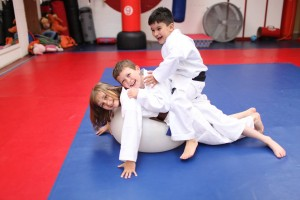 kids-having-fun keeping fit